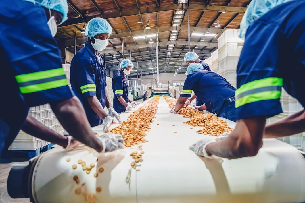 How Food Manufacturers Are Increasing Staffing Flexibility to Meet Production Goals